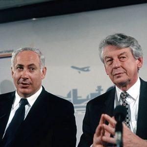 J.Netanyao, Wim Kok