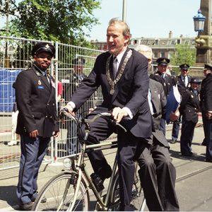 Mayor of Amsterdam Schelto Patijn - Hans vd Broek (minister Foreign Affair NL)